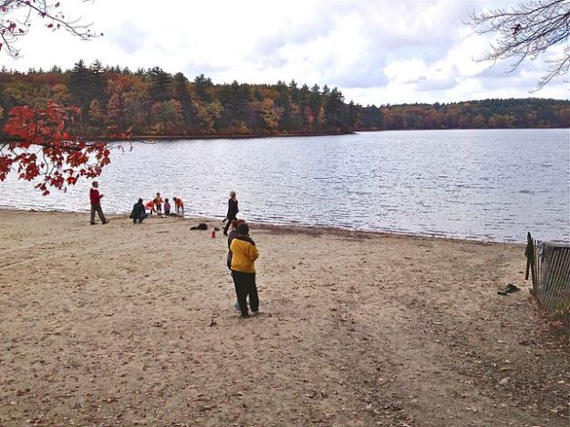 Walden Pond in autumn. Wikimedia Commons